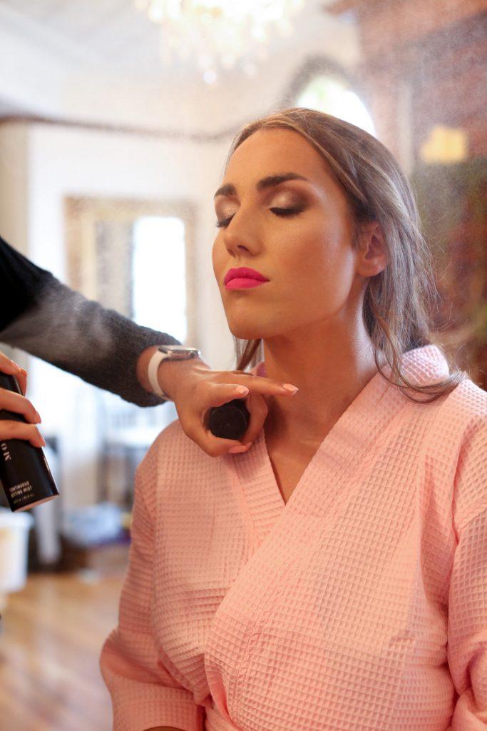 bride_getting_makeup