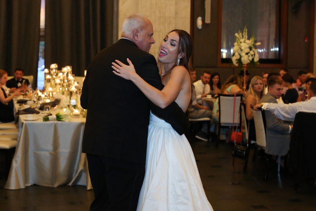 father_adn_daughter_dance