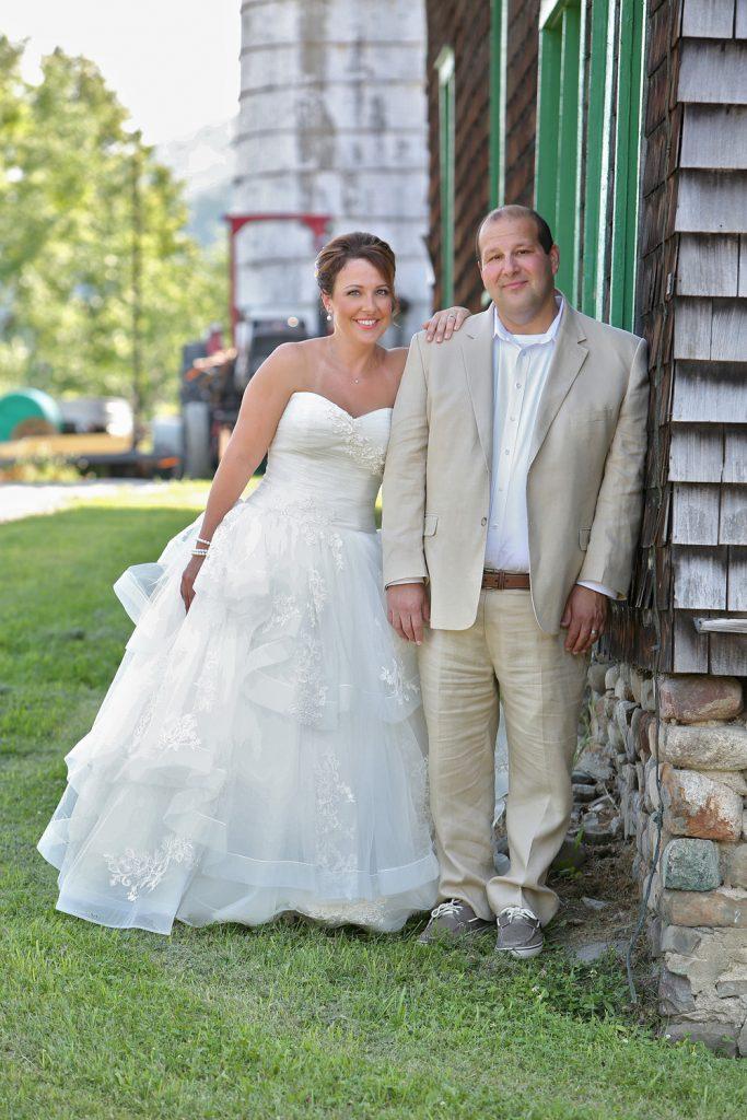 bride_and_groom_on_a_farm