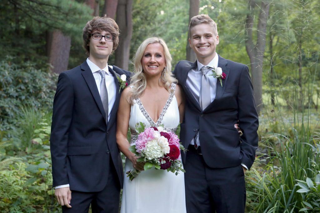 bride_with_sons
