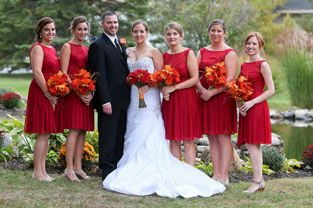 bridesmaids_in_red