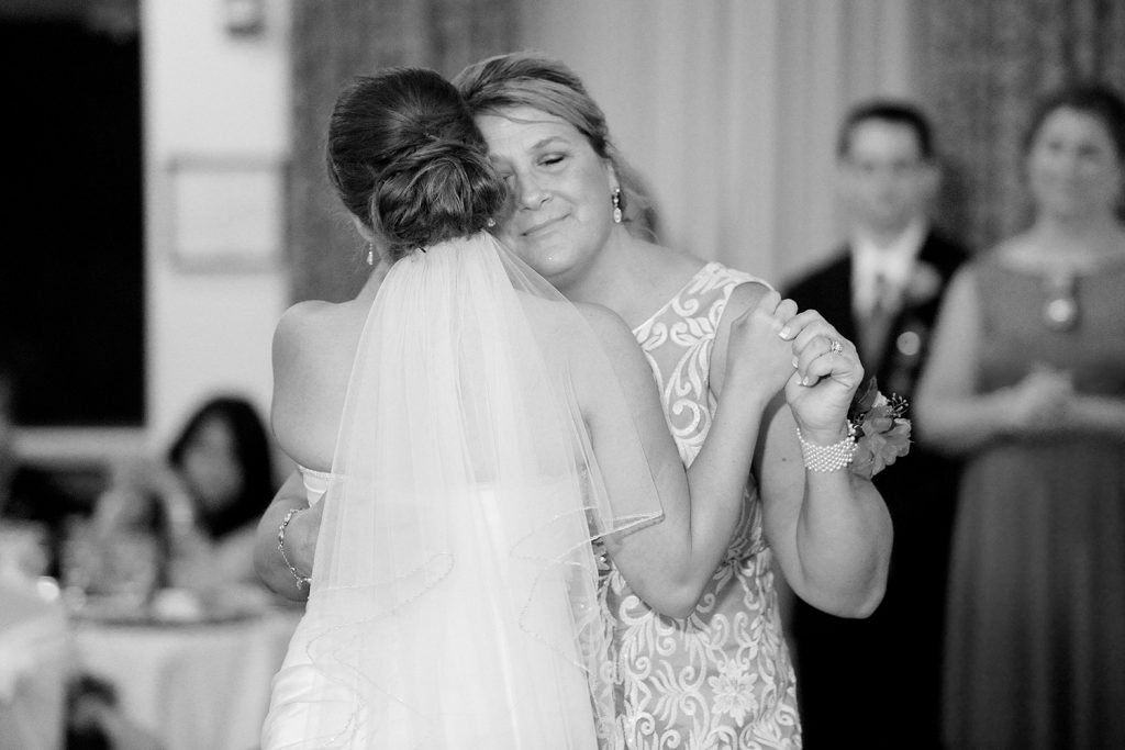 mother_daughter_dance